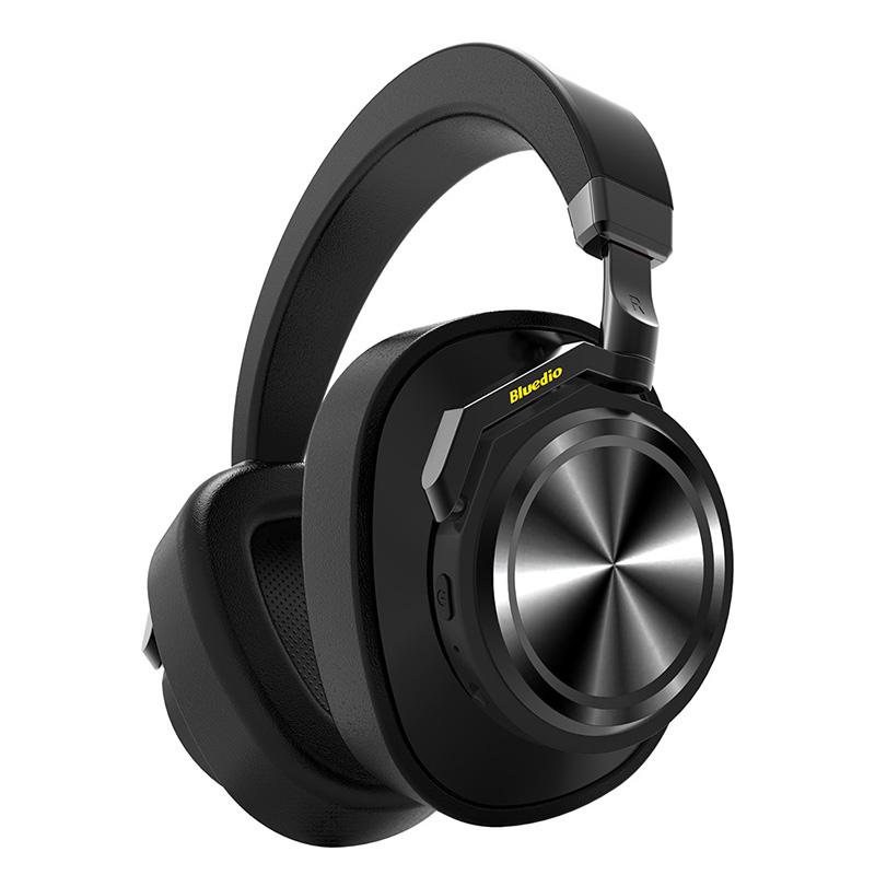 אוזניות ANC במבנה Over Ear